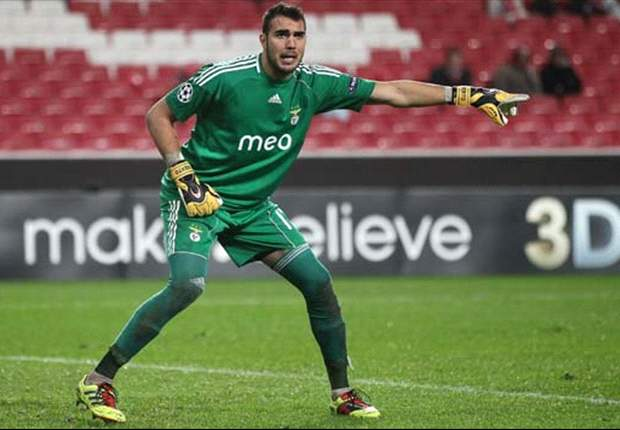 Official: Real Zaragoza sign Benfica's Roberto for €8.6m