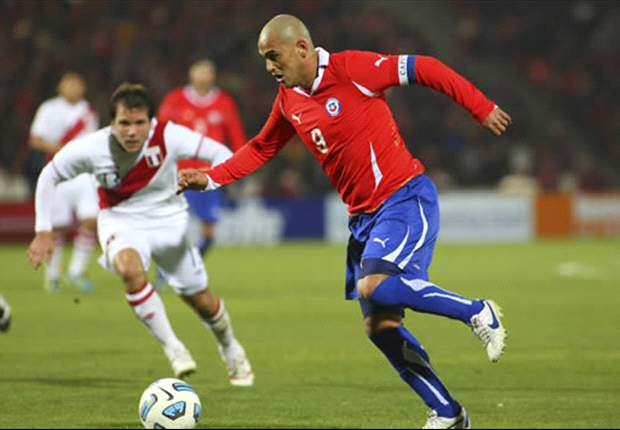 Chile 1-0 Peru: Claudio Borghi's Side Top Group C To Avoid Argentina In Quarter-Finals