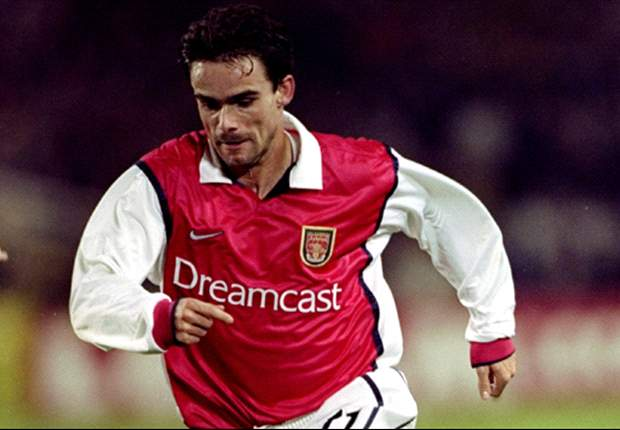 Arsenal are in 'crisis' but must stick with Wenger ... for now - Overmars