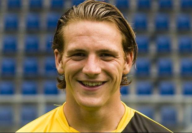 El Twente ficha al centrocampista del NAC Robbert Schilder