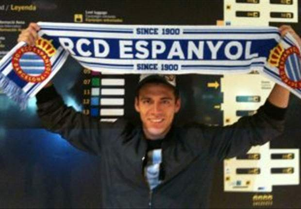 Espanyol unveil new signing Hector Moreno & on loan Didac Vila