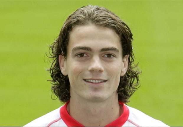 'FC Utrecht legt verdediger langer vast'