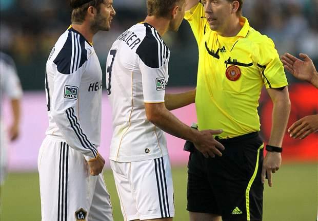 Los Angeles Galaxy 1-0 Columbus Crew: Sean Franklin takes advantage of a David Beckham free-kick