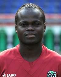 Didier Ya Konan , Côte d'Ivoire International