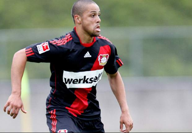 Nigeria coach Keshi cools bid for Bayer Leverkusen's Sidney Sam