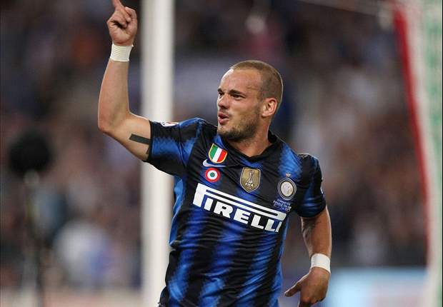 Inter's Wesley Sneijder refuses to rule out Manchester United move: 'Things can move fast'