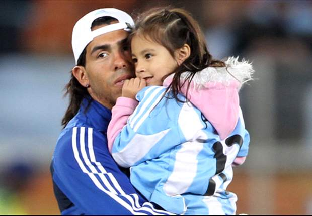 Carlos Tevez set to be an unexpected elephant in the room for Roberto Mancini at Manchester City