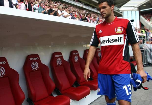 Wolfsburg coach Felix Magath wants Leverkusen's Michael Ballack - agent