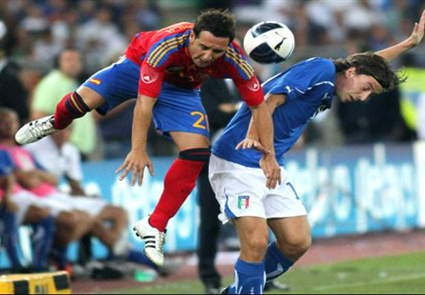 Italy 2-1 Spain: Alberto Aquilani's deflected late strike wins it for the Azzurri