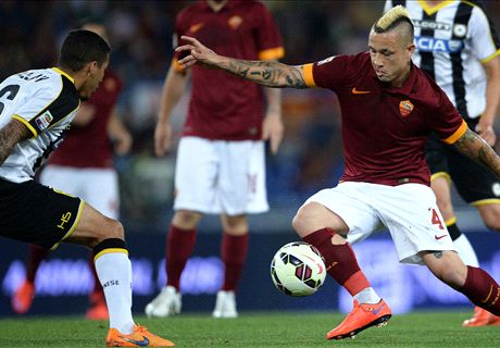 Roma close in on UCL place