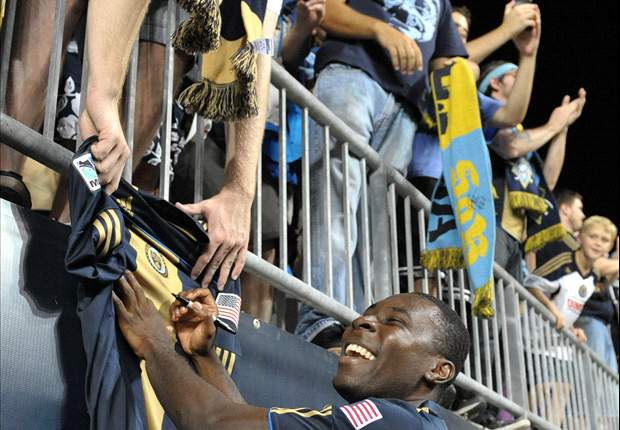 Freddy Adu linked to loan move to Rayo Vallecano