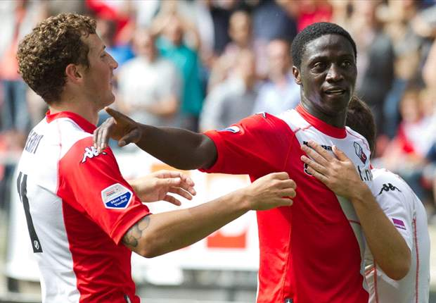 Kalahkan Ajax, Utrecht Menjauh Dari Zona Merah