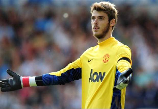 Sir Alex Ferguson annoyed by media 'agenda' surrounding Manchester United goalkeeper David de Gea