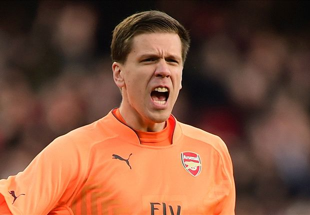 Official: Szczesny joins Roma on loan