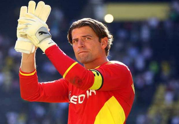 Weidenfeller seals new Dortmund deal