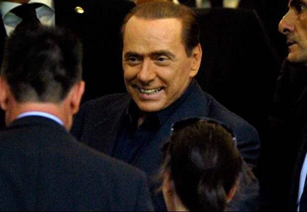 Silvio Berlusconi avisa al Inter sobre Cassano