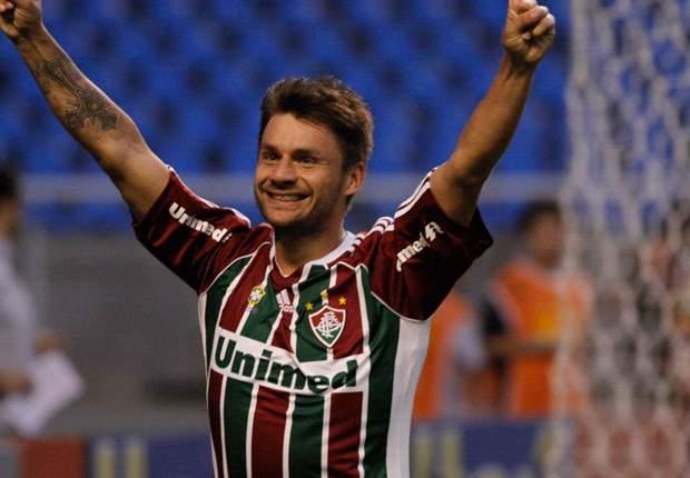 Flu massacra Botafogo