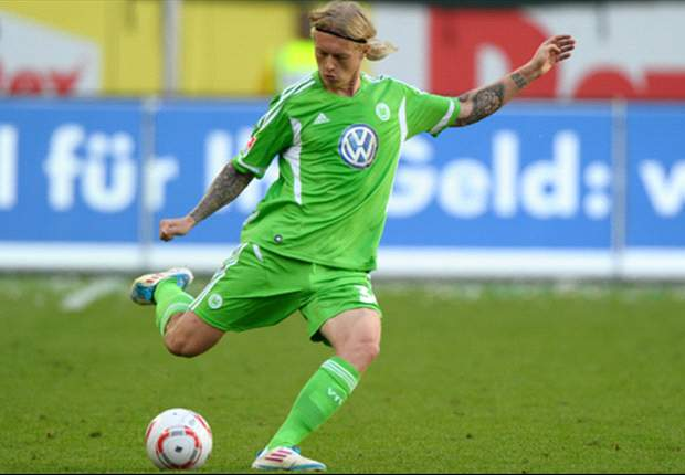 Wolfsburg's Simon Kjaer joins Roma on loan - report