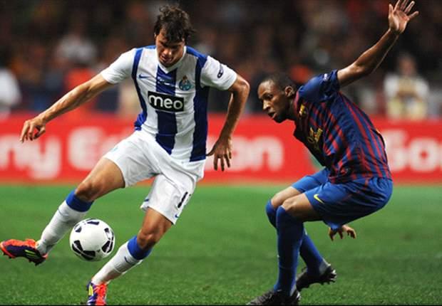 Porto must buy a top striker such as Leandro Damiao or Teofilo Gutierrez or Benfica will win the Portuguese Liga