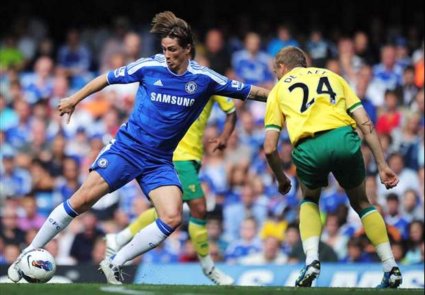 Chelsea's Andre Villas-Boas warns Fernando Torres that he will be dropped if he doesn't start scoring