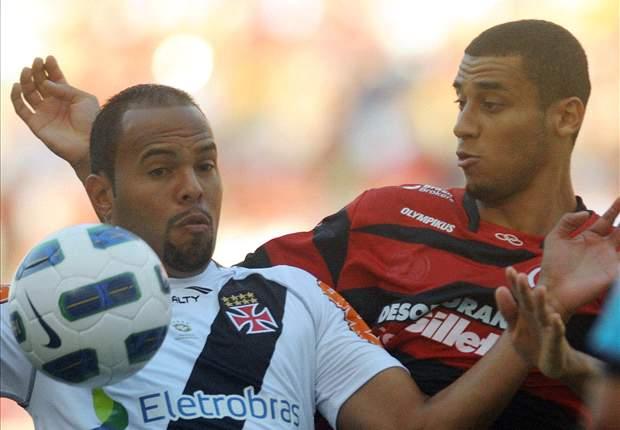 Flamengo vence Vasco por 2 a 1 no clássico