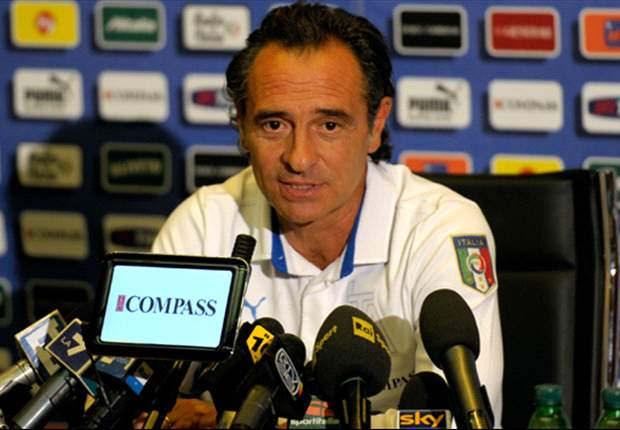 'We Need More Support From Fans' - Italy's Cesare Prandelli Calls On The Faithful To Back His Side On Their Road To Euro 2012