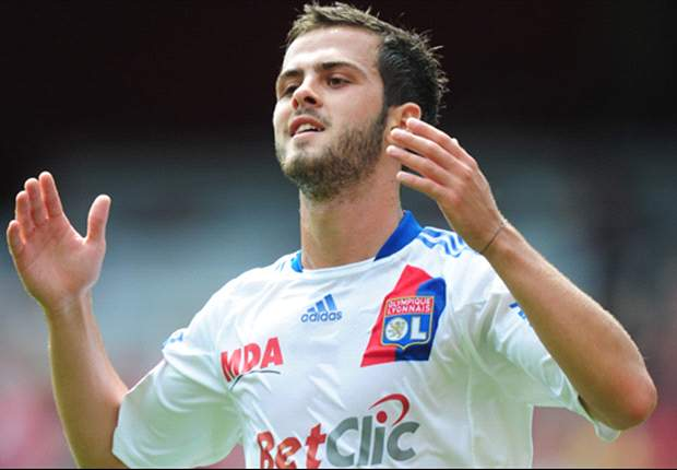 Lyon confirm agreement with Roma for transfer of Miralem Pjanic
