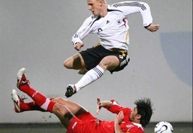 Da war Hanke noch Nationalspieler: Der Stürmer im Einsatz für Deutschland