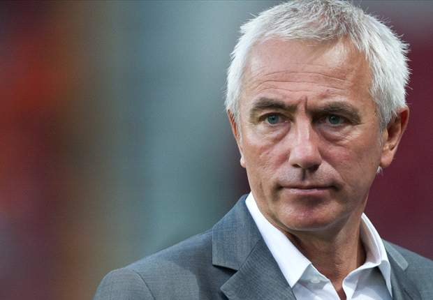 Netherlands squad cut based on recent form, says Van Marwijk