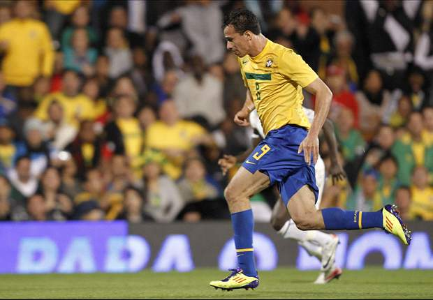 Liverpool join the race for Tottenham target Leandro Damiao