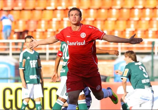 Damião decide o jogo para o Inter e decreta derrota do Palmeiras