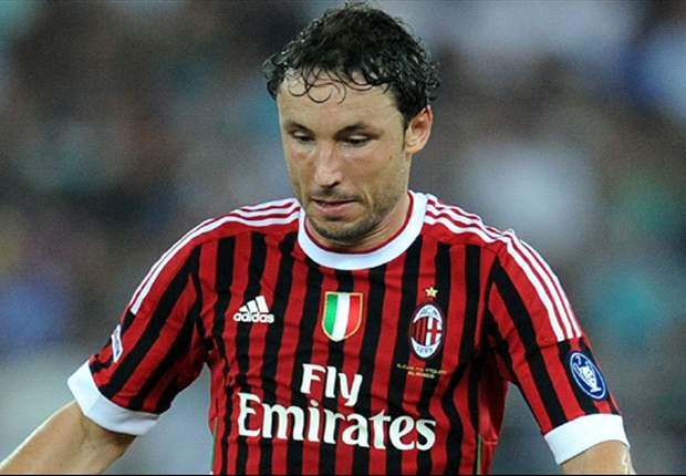 AC Milan's Mark van Bommel: We showed courage against Barcelona