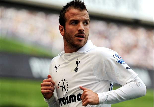 'Everything depends on this game' - Tottenham's Rafael van der Vaart ahead of Manchester City clash
