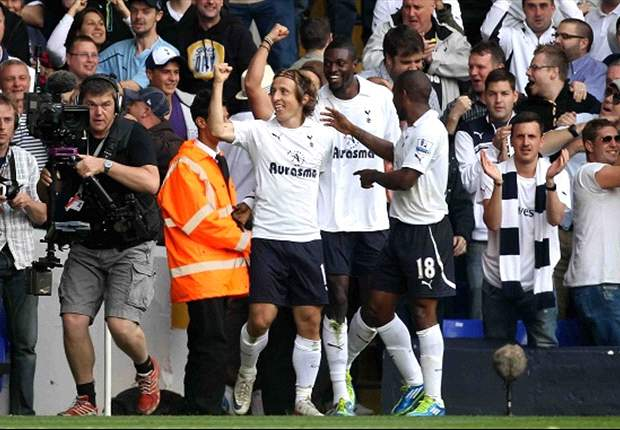 Tottenham 4-0 Liverpool: Modric, Defoe & Adebayor on target as Adam & Skrtel red cards compound dreadful day for Dalglish
