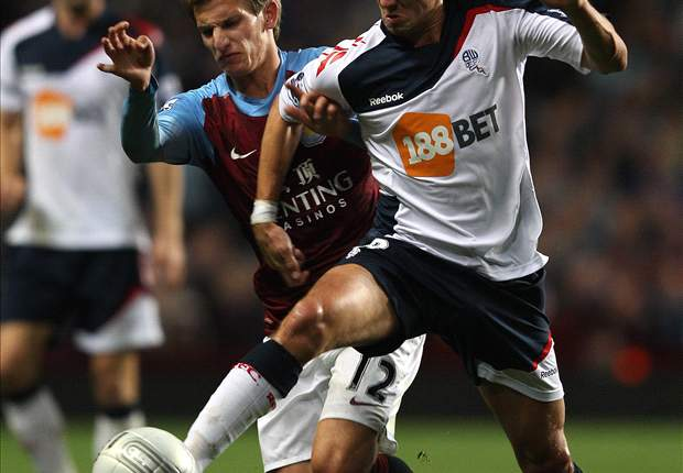 Holden returns to training with Bolton first team