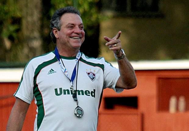 Abel exalta clima tranquilo do Fluminense, após pressão