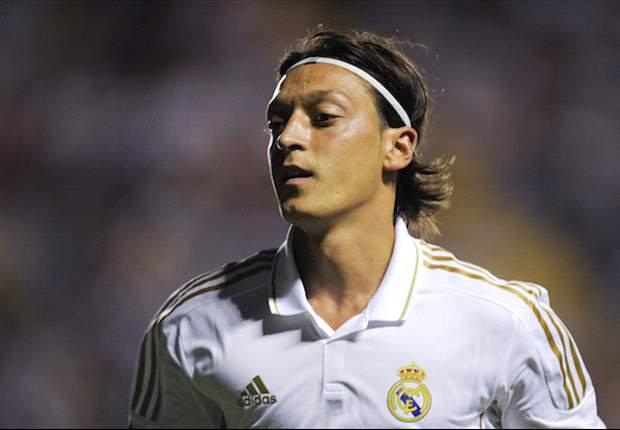 Mesut Özil estaría dispuesto a abandonar el Real Madrid debido a su mala relación con José Mourinho