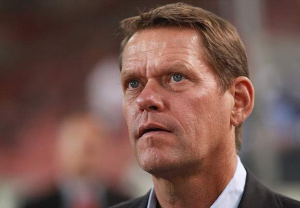 Manchester City make Arnesen approach
