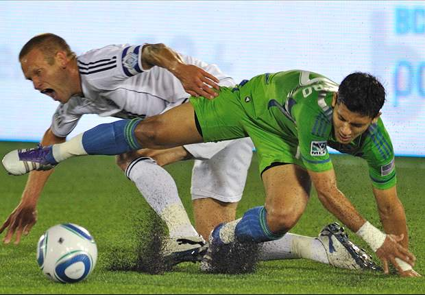 Vancouver Whitecaps 1-3 Seattle Sounders FC: Fredy Montero brace seals come-from-behind win