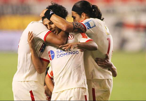 Vasco perde a primeira da série contra o Universitário por 2 a 0