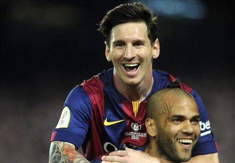 Dani Alves is world's best FB - Messi