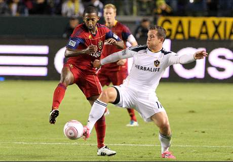 Alvarez retires with medical condition