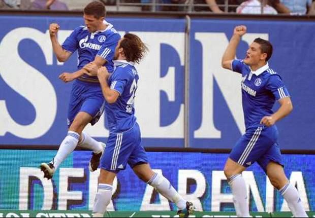 Huntelaar bezorgt Schalke zege op HSV