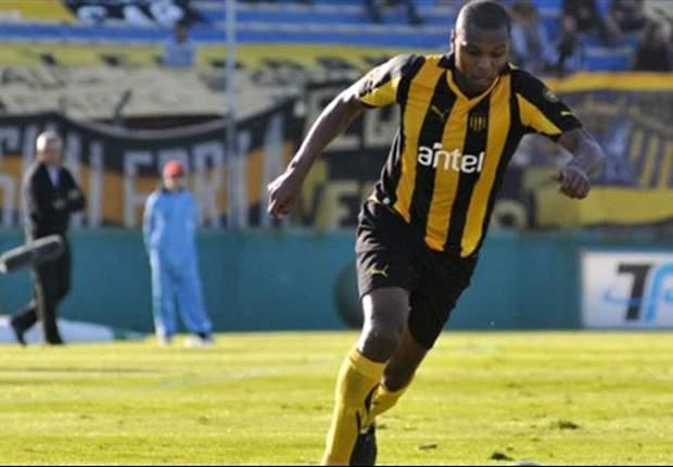 Se lesionó Marcelo Zalayeta