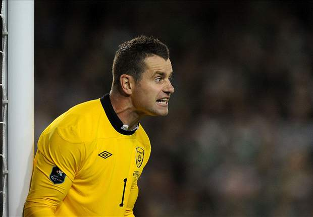 'It is something I am looking at at the minute' - Shay Given considering Ireland return