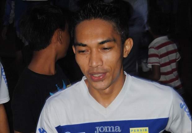 Sriwijaya FC Terus Kejar Zulkifly Syukur & Aliyudin
