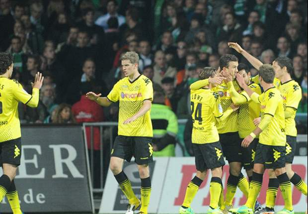 Werder Bremen 0-2 Borussia Dortmund: Clinical 10-man BVB punish wasteful hosts