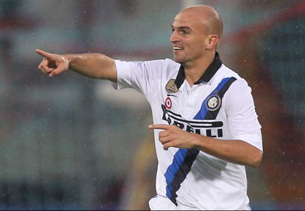 Inter's Esteban Cambiasso accuses AC Milan coach Massimiliano Allegri of playing mind games