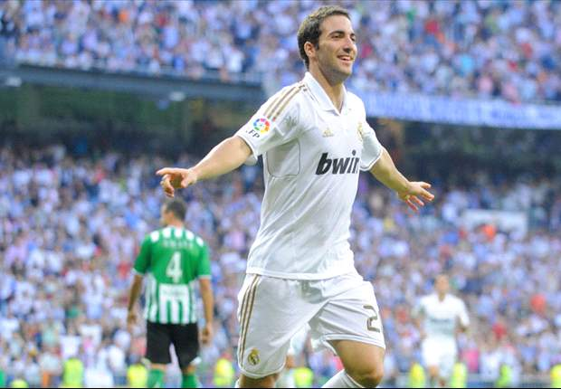 Real Madrid 4-1 Real Betis: Gonzalo Higuain hat-trick the highlight as Jose Mourinho's side record comfortable win