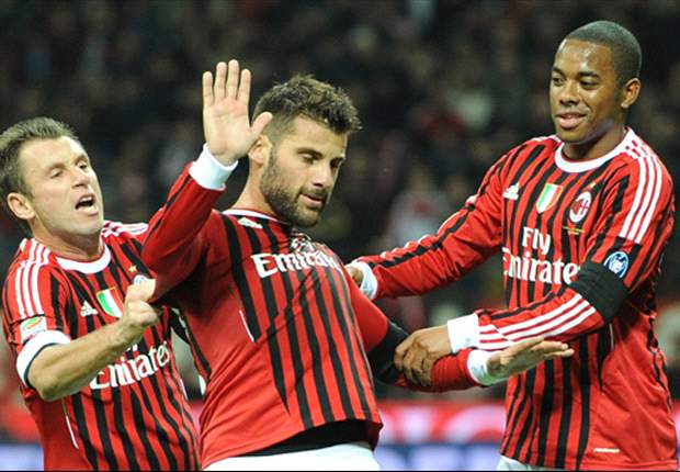AC Milan 3-0 Palermo: Robinho and Cassano on target as champions pick up much-needed victory